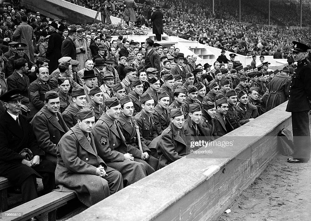 World War II, Football, 1st May 1943, American servicemen among the Wembley crowd of 75,000 watching the football league south cup final between Arsenal and Charlton, Arsenal won 7-1 : News Photo