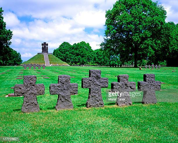 world war ii german cemetery - german military stock pictures, royalty-free photos & images