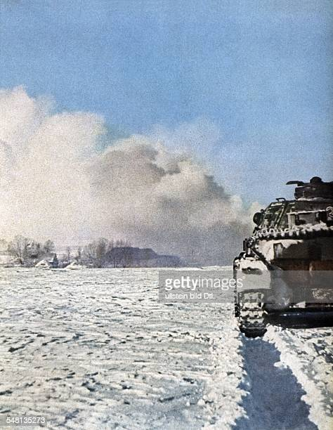World War II German tank on the Eastern Front 1943 Published by 'Signal' 1/1943 Vintage property of ullstein bild