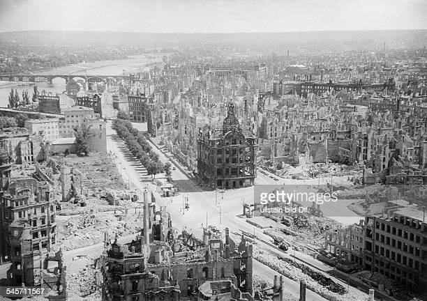 World War II Germany DRESDEN General viewto the destroyed city after the allied bomb attacks on February 13/14 Photograph by Foto Frost