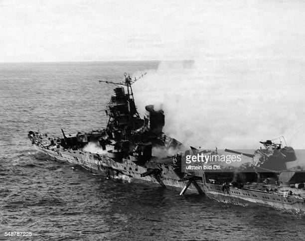 World War II in the Pacific Battle of Midway The badly hit Japanese cruiser 'Mikuma' 1942 Vintage property of ullstein bild