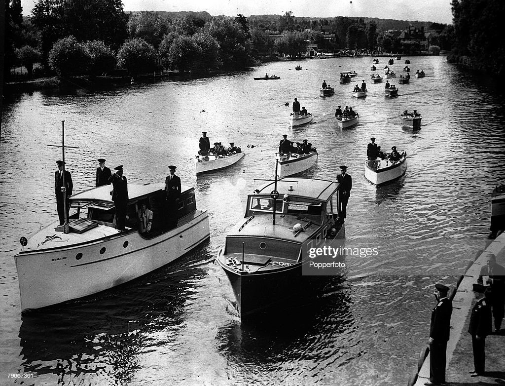 """World War II, July 1940, The Upper Thames patrol above London after their work """"operation Little Ships"""" at Dunkirk : News Photo"""