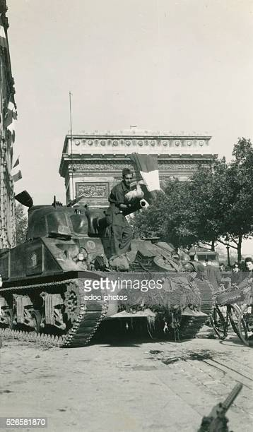 World War II. Liberation of Paris. The mascot, on a tank of the Division Leclerc, avenue de la Grande Arm��e in Paris . Ca. August 26, 1944.