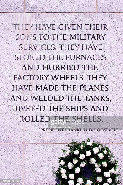 world war ii memorial, washington dc, usa - war memorial stock pictures, royalty-free photos & images