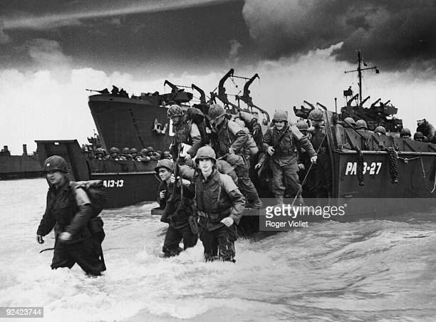 World War II Normandy landings American reinforcements landing from barges at UtahBeach to deploy towards Cherbourg June 1944