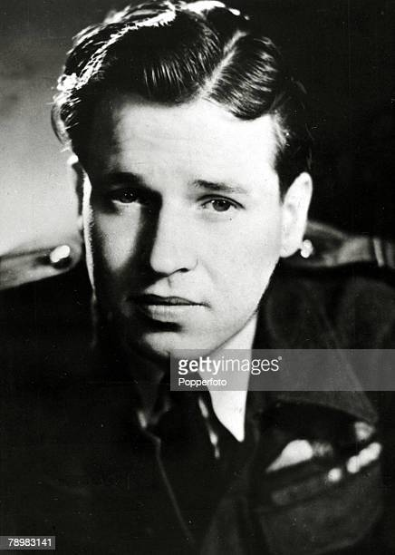 circa 1943 RAF Bomber pilot Wing Commander Guy Gibson Guy Gibson led the 1943 raid on the Moehne and Eder dams the famous 'Dambusters' raid