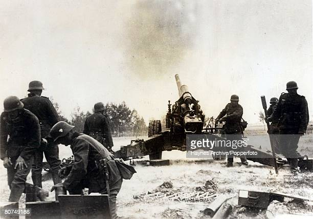 World War II, Russia German troops in action during the Battle for Stalingrad, a costly defeat for the Germans
