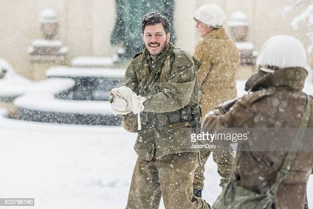 La Seconde Guerre mondiale : La bataille de boules de neige