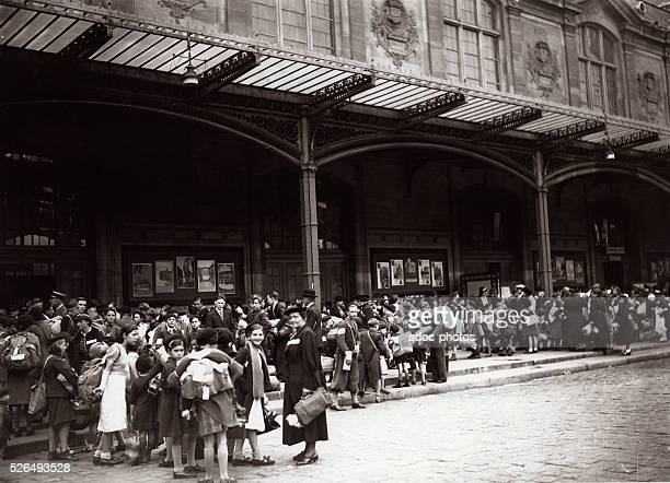 World War II The evacuation of children who will join the free zone by the Gare d'Austerlitz in Paris In 1940