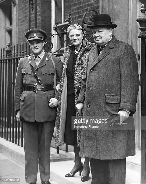 World War Ii.United Kingdom.London.Sir Winston Churchill With His Wife Clementine And Their Son Randolph
