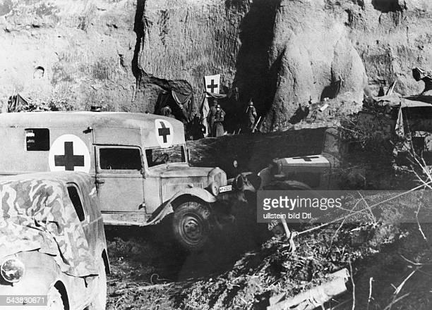 World War, Italy, theater of war Battle of Anzio/Nettuno January-May 1944:German counter attck - main ambulance in the vivinity of Aprilia. About...