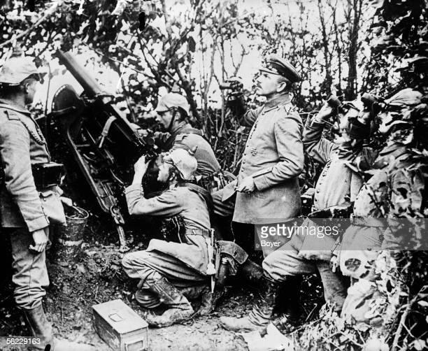 World War One German machine gunner group pulling on an aeroplane 1915 BOY 7151