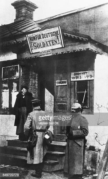 World war, western front, france/belgium under german occupation: german soldiers brothel . 1914/15
