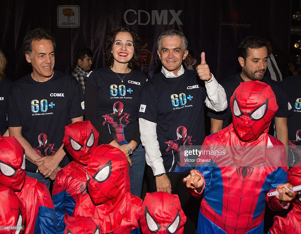 """""""The Amazing Spiderman"""" Earth Hour Mexico"""