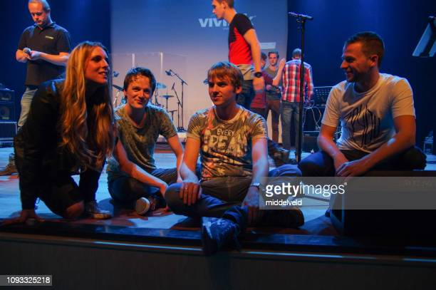 worship performance band - backstage stock pictures, royalty-free photos & images