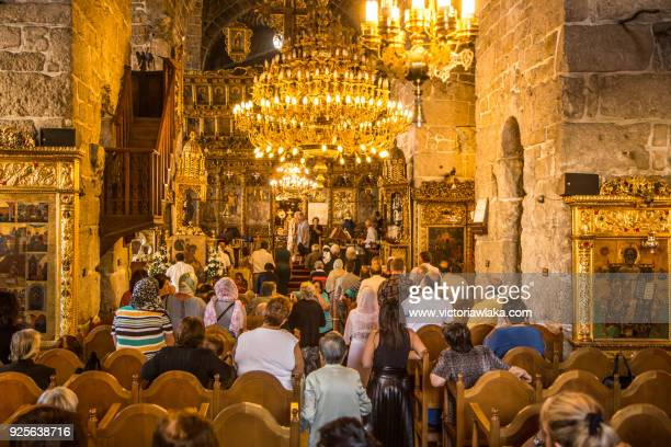 worship service at church of saint lazarus, larnaca cyprus - repubiek cyprus stockfoto's en -beelden