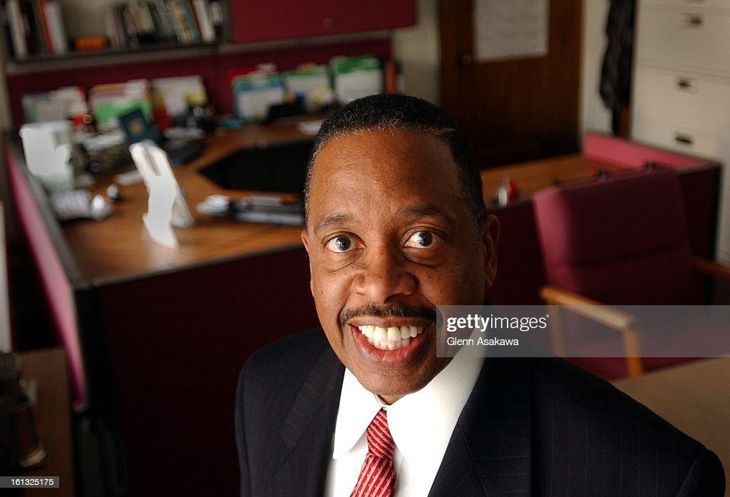 WORTHAM--11-26-01--Denver City Attorney J. Wallace Wortham