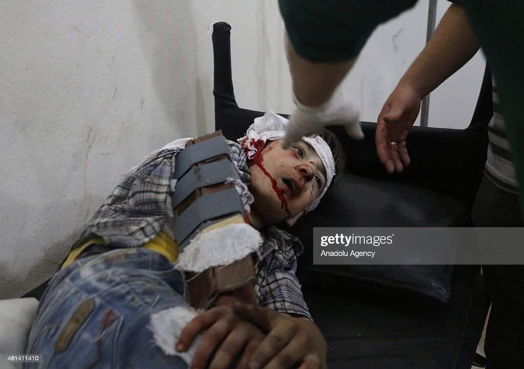 Assad forces barrel bomb attack to Arbil district of Damascus : News Photo