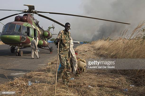 A wounded governmental army soldier of the SPLA of the SPLA come back in Juba from Jonglei state by chopper Photograph by Laurent Van Der...