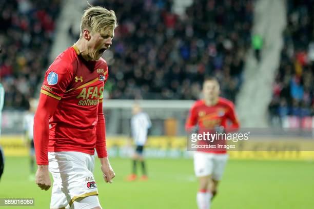 Wout Weghorst of AZ Alkmaar celebrates 40 during the Dutch Eredivisie match between AZ Alkmaar v Heracles Almelo at the AFAS Stadium on December 9...