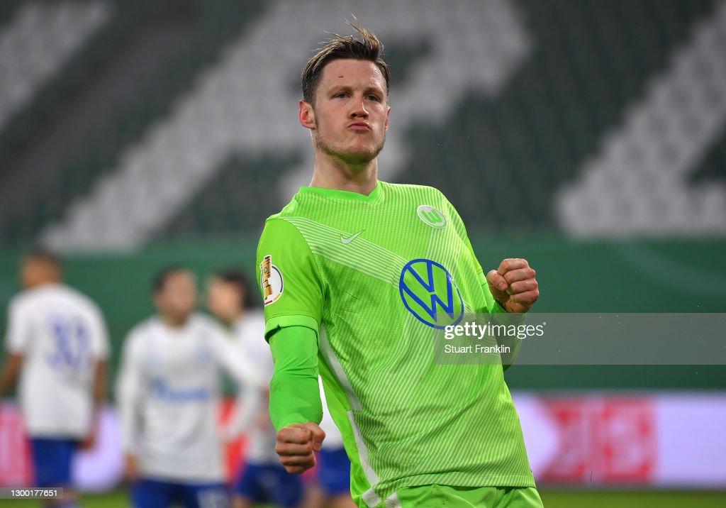 VfL Wolfsburg v FC Schalke 04 - DFB Cup: Round Of Sixteen : ニュース写真
