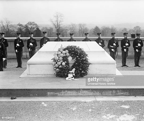 Wreath at Tomb of Unknown Soldier Armistice Day Arlington National Cemetery Arlington Virginia USA circa 1922