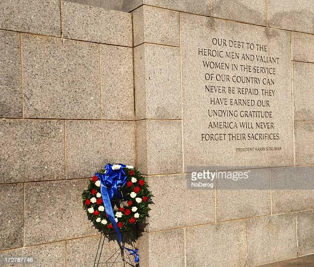 wreath at world war ii memorial washington dc - national world war ii memorial stock pictures, royalty-free photos & images