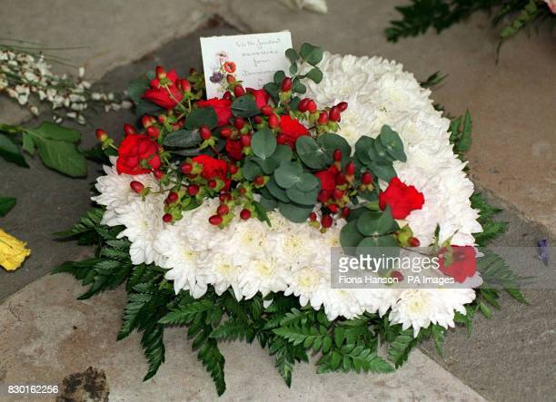 A Wreath sent by the Singer Donovan at the funeral of composer Lionel Bart Friends from the world of showbiz gathered at Golders Green Crematorium in...
