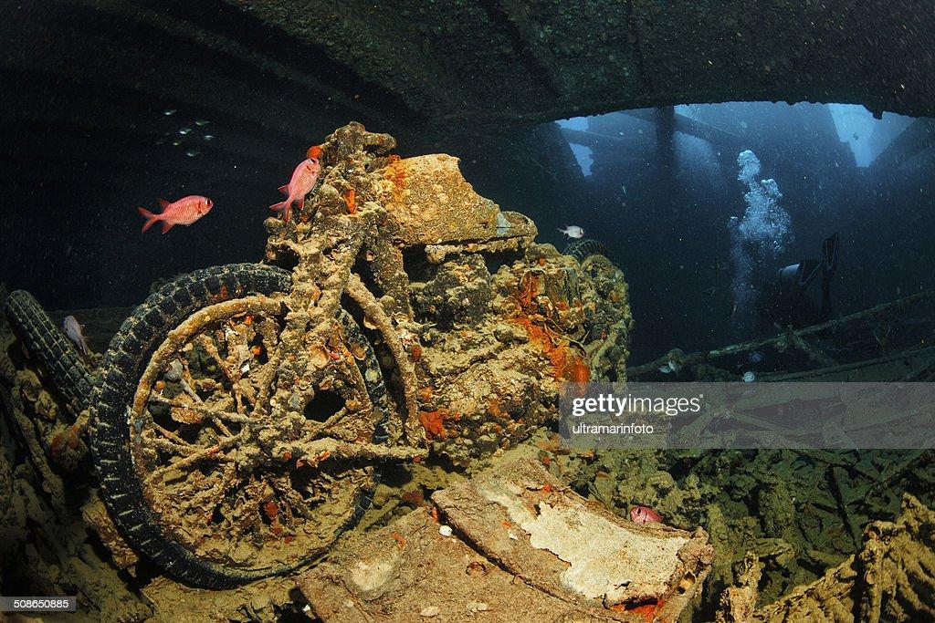 Wreck Diving - SS Thistlegorm : Stock Photo