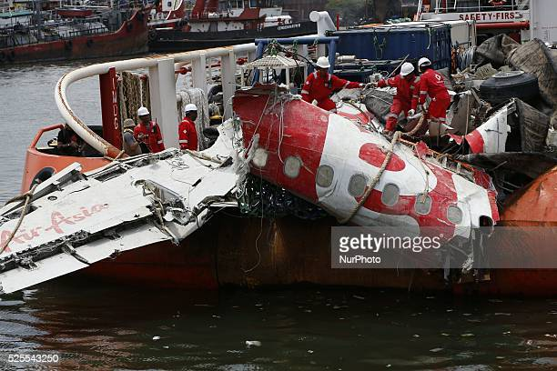 Wreckage of Air Asia QZ8501 that brought by indonesian search and rescue 'onyx' boat was hand overed to Indonesia Safety Transportation Departement...