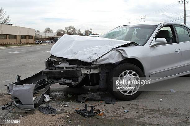 Wrecked Car plata