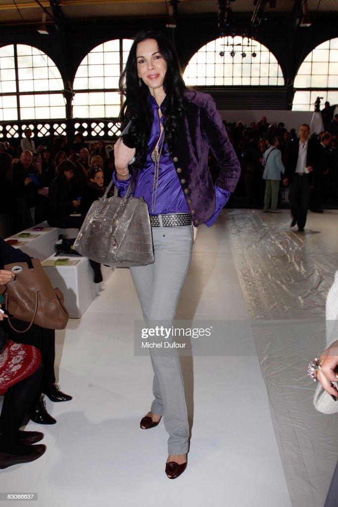 Stella McCartney - Paris Fashion Week- Spring/Summer '09