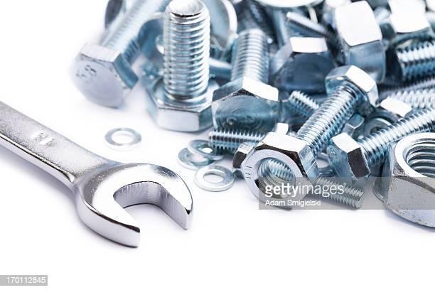Schraubenschlüssel mit Nüssen und Sicherheitsschlösser