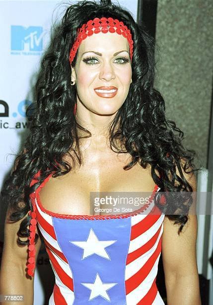 Wrestling personality Chyna poses for photographers September 7 2000 at the 2000 MTV Video Music Awards at Radio City Music Hall in New York City