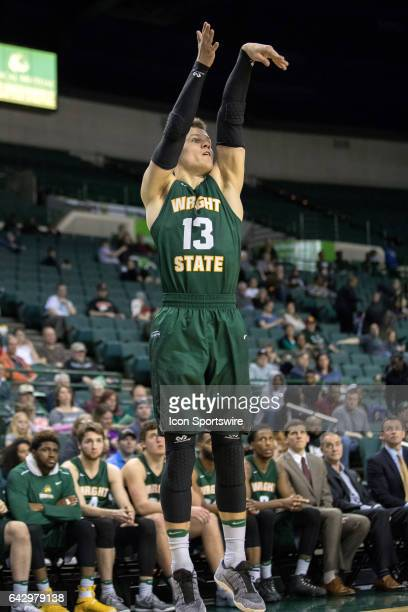 Wright State Raiders G Grant Benzinger shoots during the second half of the men's college basketball game between the Wright State Raiders and...