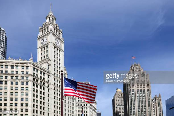 wrigley building - rainer grosskopf stock pictures, royalty-free photos & images