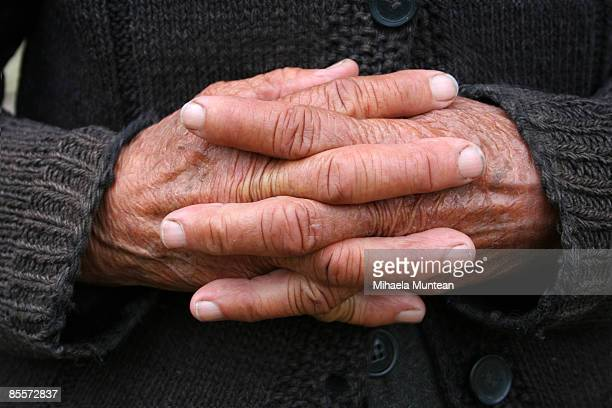 Wrinkle hands of an old woman