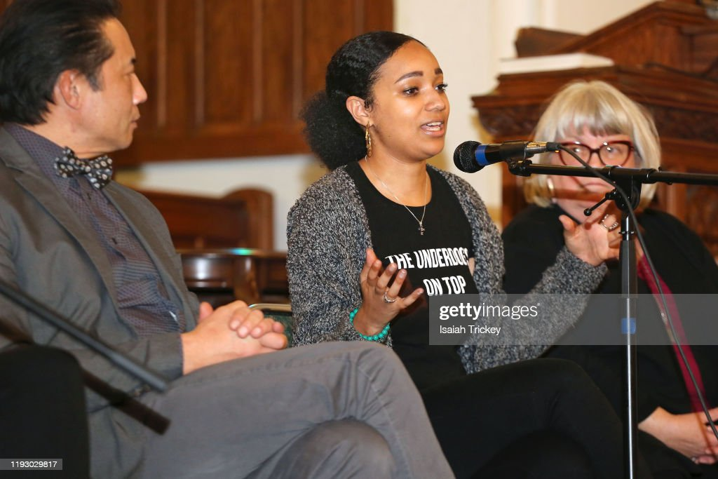 Listen And Learn Event : News Photo