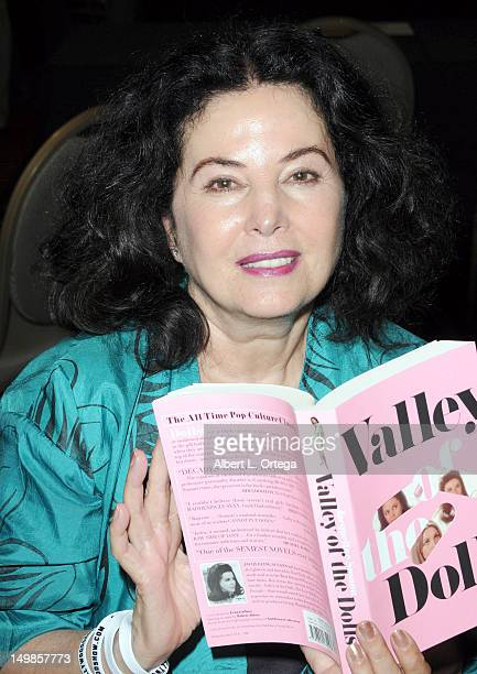 Writer Barbara Parkins participates in The Hollywood Show held at Burbank Airport Marriott Hotel Convention Center on August 5 2012 in Burbank...