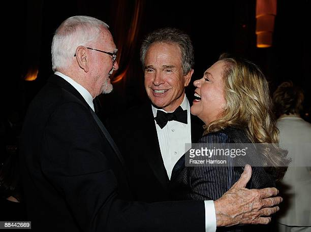 Writer Frank Pierson actor Warren Beatty and actress Kathleen Turner during the AFI Lifetime Achievement Award A Tribute to Michael Douglas held at...