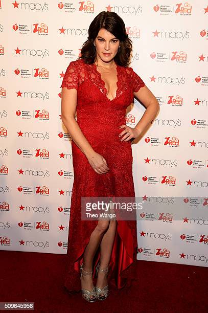 Writer Gail Simmons attends The American Heart Association's Go Red For Women Red Dress Collection 2016 Presented By Macy's at The Arc Skylight at...