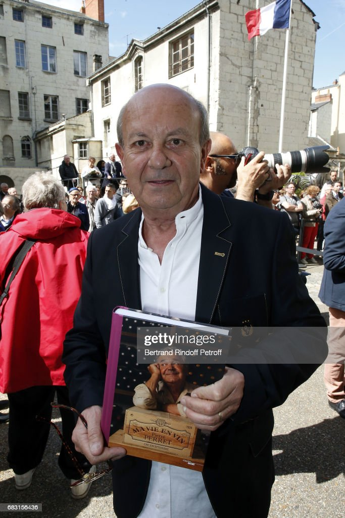 Writer Jean-Francois Carmet (son of Actor Jean Carmet) receive 'Prix Pierre Perret' during 'Journees Nationales du Livre et du Vin'on May 14, 2017 in Saumur, France.