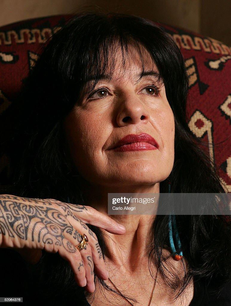 """Cast of """"A Thousand Roads"""" Portrait Session : News Photo"""