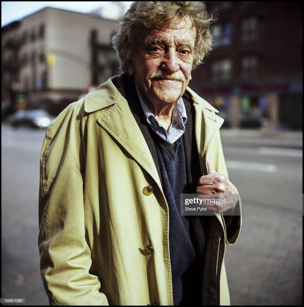 Kurt Vonnegut, April 01, 2005