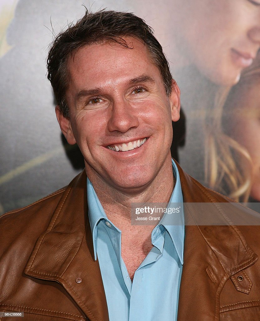 writer-nicholas-sparks-arrives-at-the-dear-john -world-premiere-held-picture-id96426666