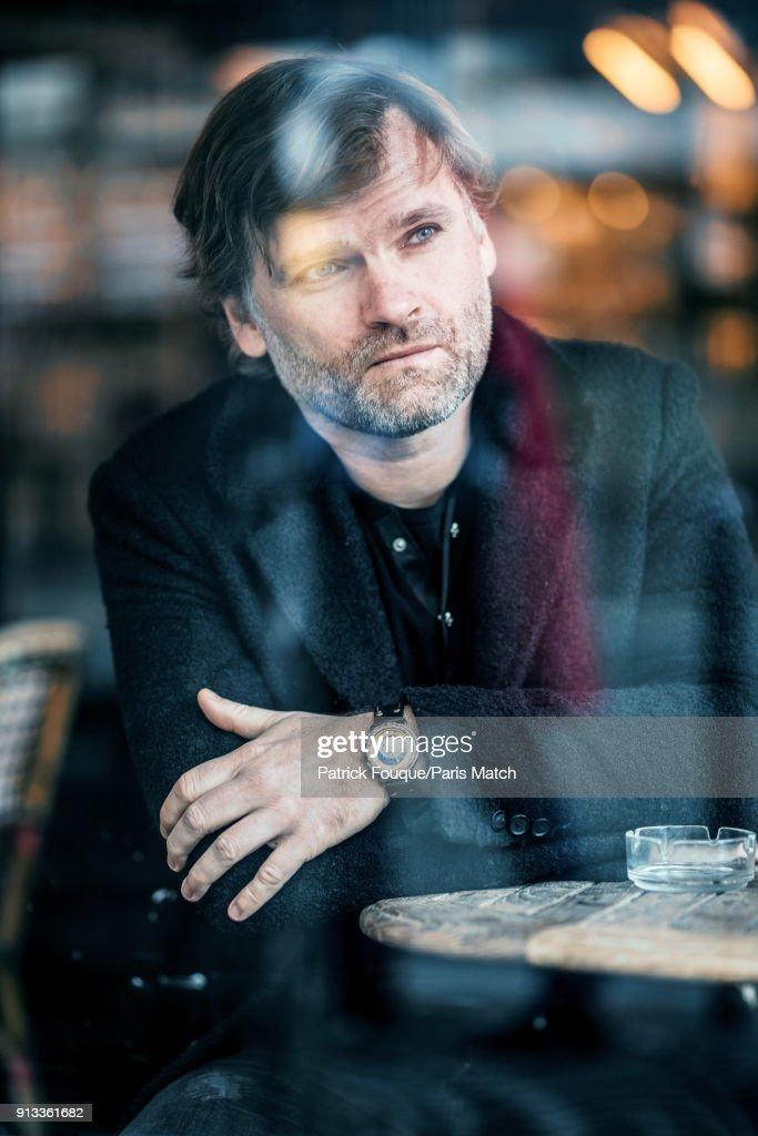 Olivier Adam, Paris Match Issue 3585, January 31, 2018