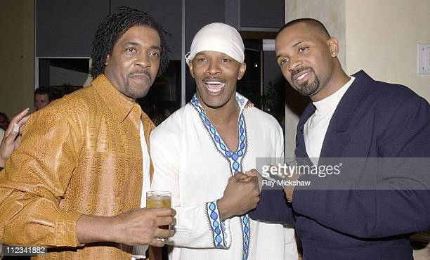 Writer Ronald Lang Jamie Foxx and Mike Epps during 'All About The Benjamins' Westwood Premiere at Mann Village Theatre in Westwood California United...