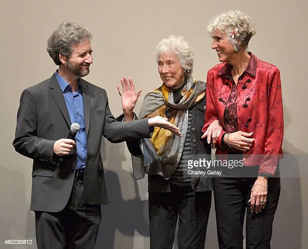 Writer Scott Alexander artist Margaret Keane and daughter Jane Ulbrich speak onstage during The Weinstein Company's Big Eyes Los Angeles special...