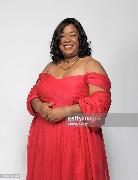 Writer Shonda Rhimes winner of the award for Outstanding Writing in a Dramatic Series for 'Private Practice' poses for a portrait at the 42nd NAACP...