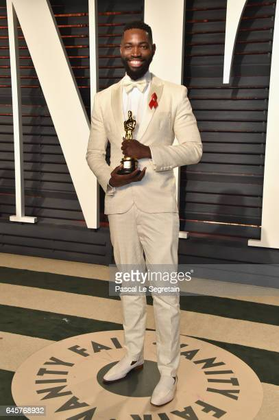 Writer Tarell Alvin McCraney attends the 2017 Vanity Fair Oscar Party hosted by Graydon Carter at Wallis Annenberg Center for the Performing Arts on...